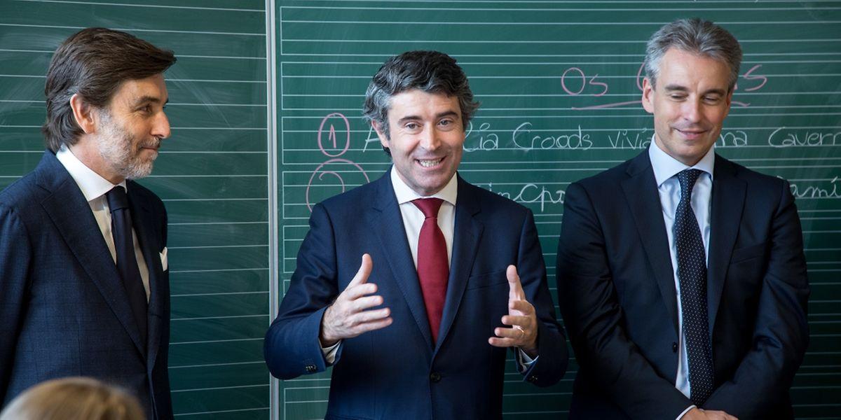 José Luís Carneiro esteve hoje com Claude Meisch numa escola em Esch que arrancou este ano com os cursos complementares de língua portuguesa.