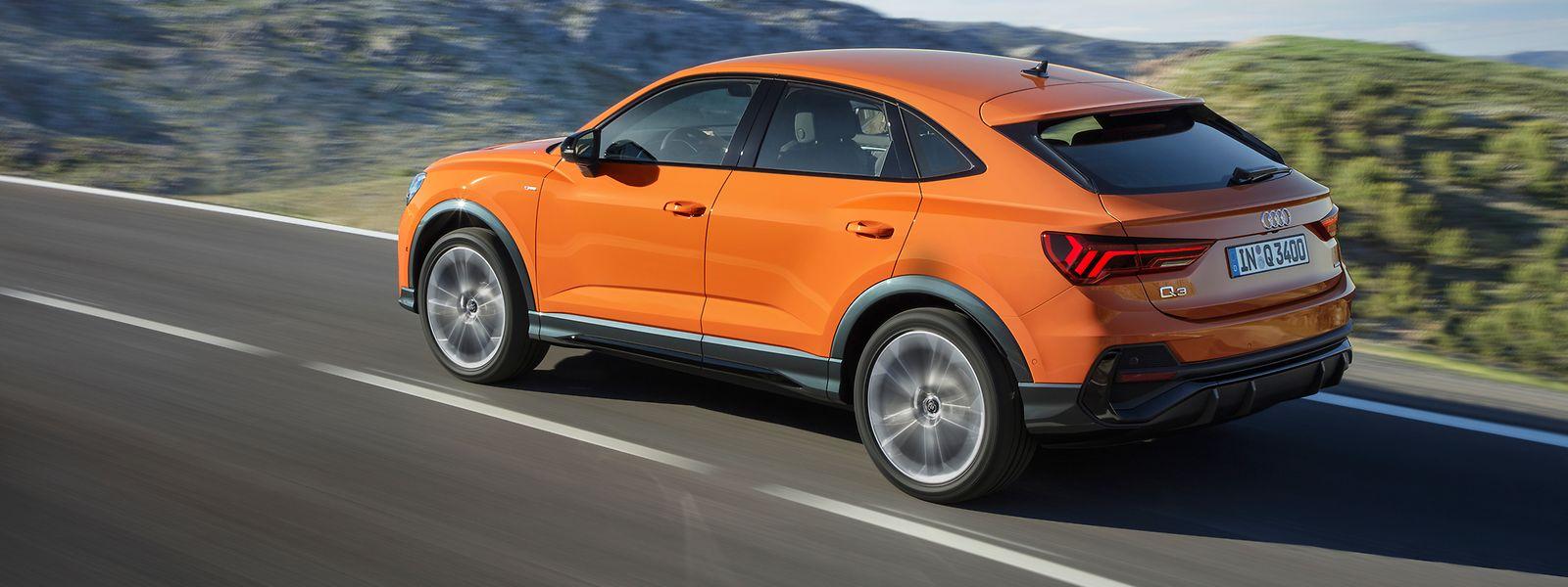"""Das """"Markenzeichen"""" des Audi Q3 Sportback ist die fließend abfallende Dachlinie."""