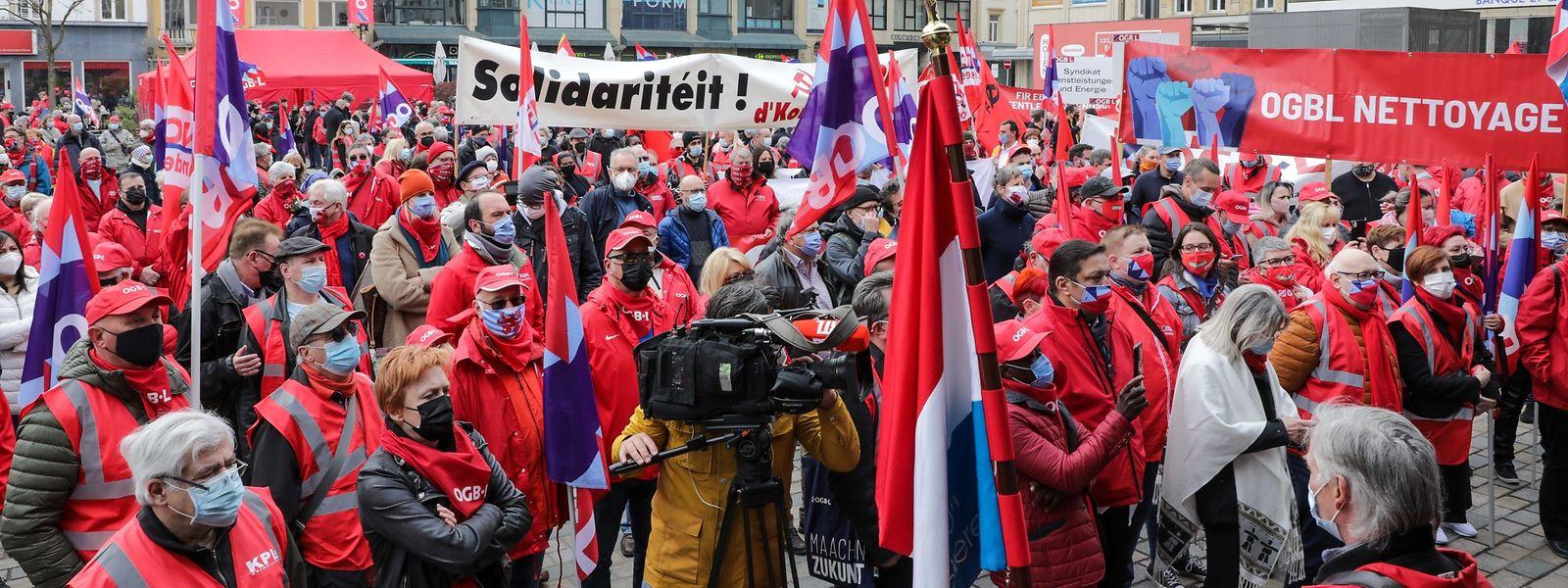Privé de défilé en 2020, l'OGBL s'est rattrapé cette année dans les rues d'Esch-sur-Alzette.