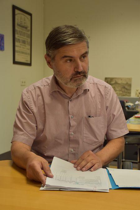 Christopher Goepel, psiquiatra do serviço de psiquiatria juvenil do Hospital de Kirchberg.