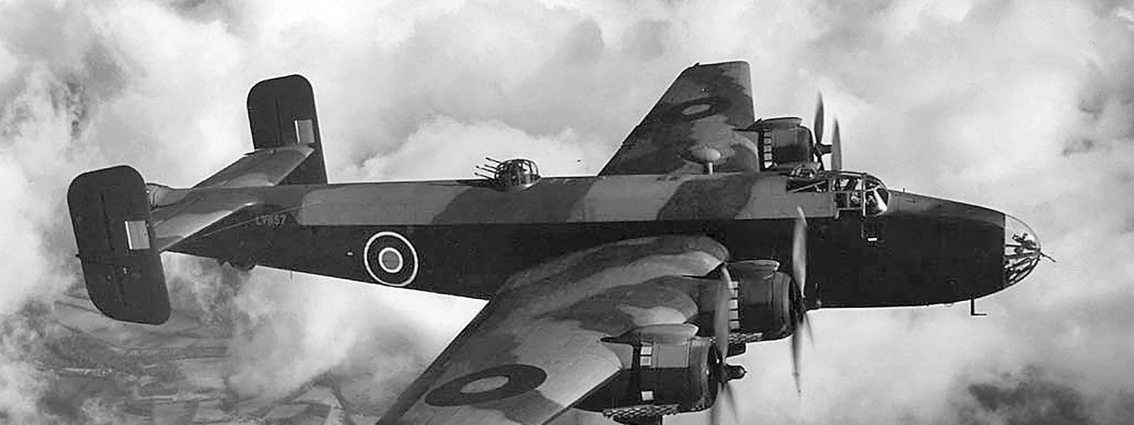 Die sieben Männer saßen in einem Bomber vom Typ Halifax des britischen Herstellers Handley Page.