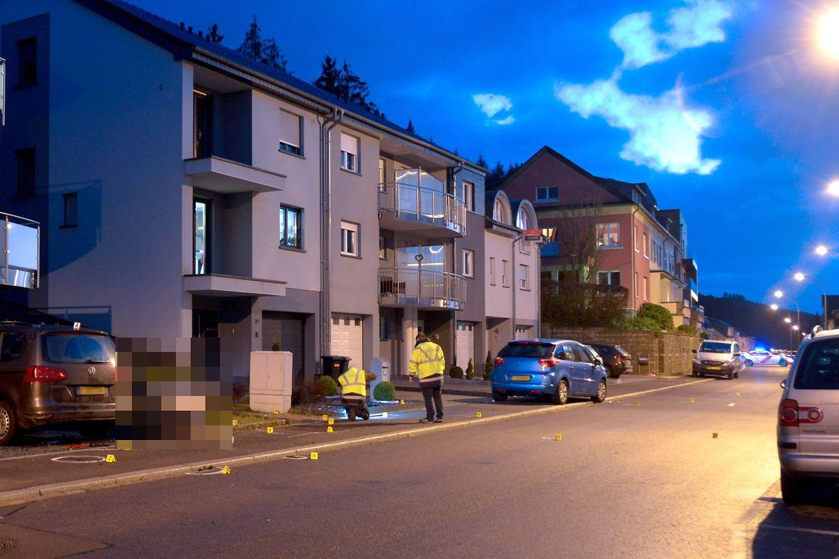 Die Ermittlungen des Mess-  und Erkennungsdienstes dauerten bis in den Abend.
