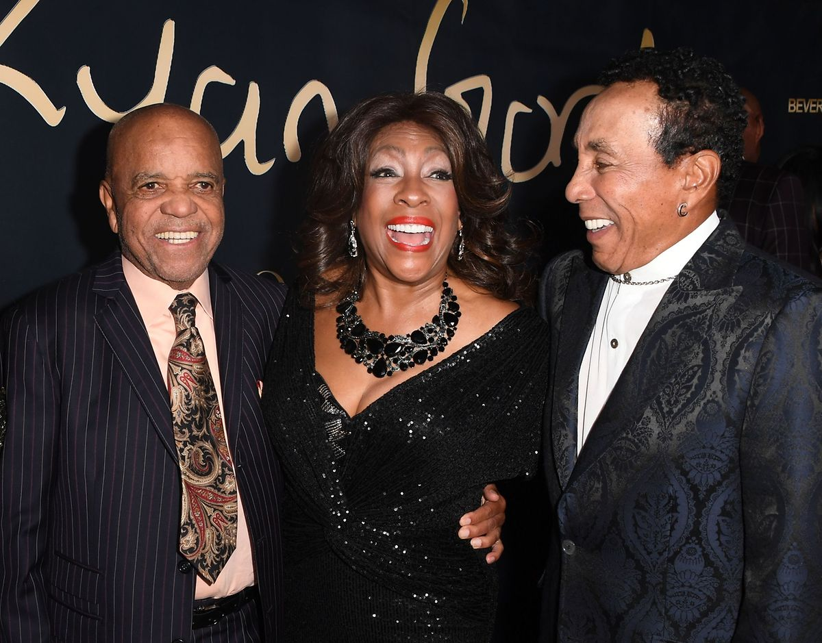 Motown-Gründer Berry Gordy (Links), Supremes-Sängerin Mary Wilson (Mitte) und Singer-Songwriter Smokey Robinson im November 2019.