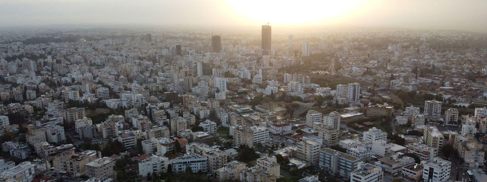 Zypern - hier ein Foto von der Hauptstadt Nikosia - vermeldet höchst alarmierende Corona-Werte.