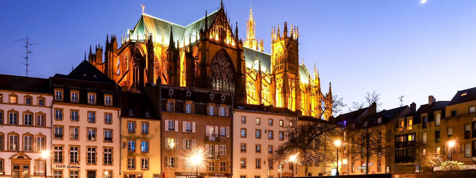 Die Kathedrale von Metz: mächtig und stoll thront sie über der Stadt.