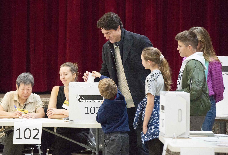 Montreal: Der kanadische Ministerpräsident Justin Trudeau gibt seine Stimme ab.
