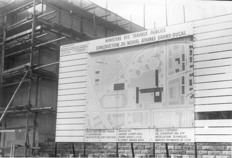 """Hier sollte der """"neue Kolléisch"""" entstehen. Dieses Bild wurde am 29. August 1961 aufgenommen. 1964 eröffnete das Athenäum seine Türen auf dem Geesseknäppchen."""
