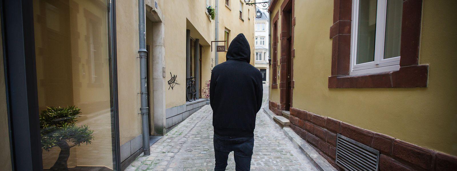 Selbstmordgefährdete Menschen kapseln sich oft von ihren Liebsten und der Außenwelt ab. Ob auch die Folgen der Corona-Krise ein möglicher Auslöser für Suizidfälle ist oder war, kann laut Psychologe François D'Onghia derzeit nicht belegt werden.