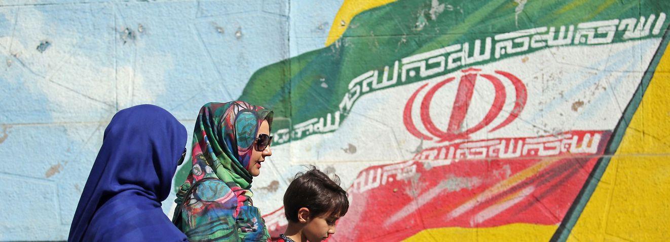 Der irakische Angriff auf Iran vor rund 40 Jahren hat die Nation nachhaltig traumatisiert.