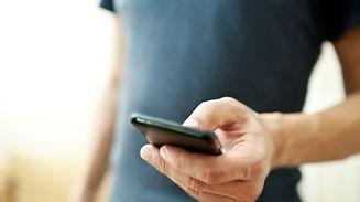 Les utilisateurs de cartes SIM à numéro luxembourgeois qui ne l'ont pas encore fait devront donc s'identifier auprès de leur opérateur d'ici le 12 juillet au plus tard.
