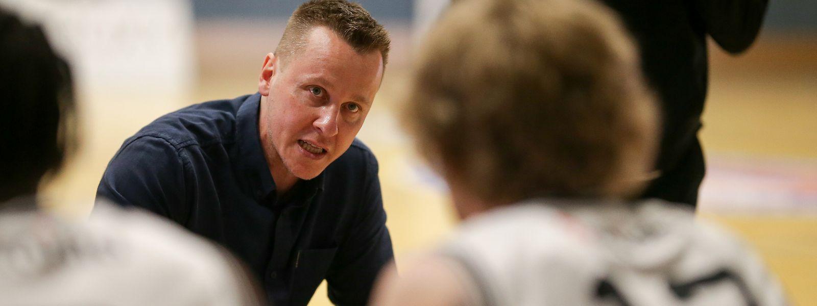Ken Diederich bleibt noch bis zum Saisonende Coach in Düdelingen.
