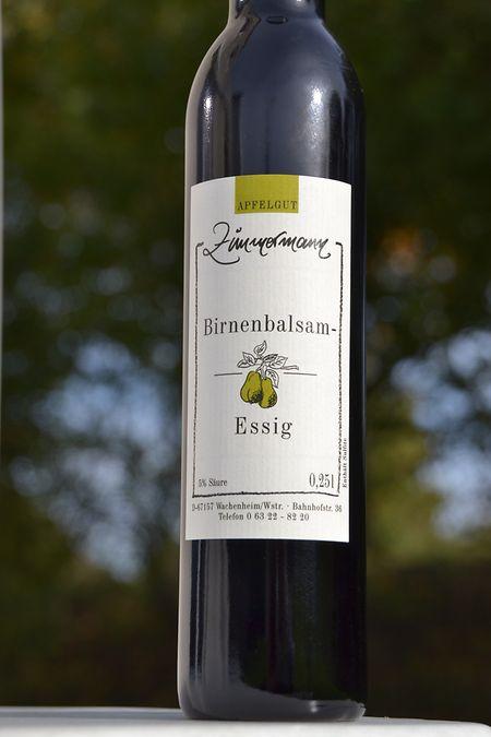 Birnenbalsam-Essig, ein begehrtes Mitbringsel.