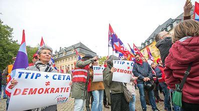 Auch in Luxemburg ist der Widerstand gegen die Freihandelsabkommen mit Kanada und den USA groß.