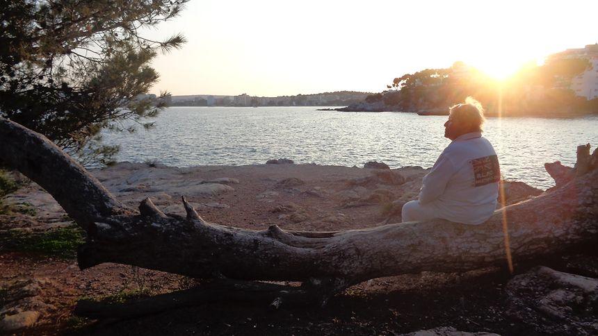 Nur wenige Meter vom Hotel: Die Einsamkeit des Mittelmeeres hat im Herbst und im Frühling einen besonderen Charme.