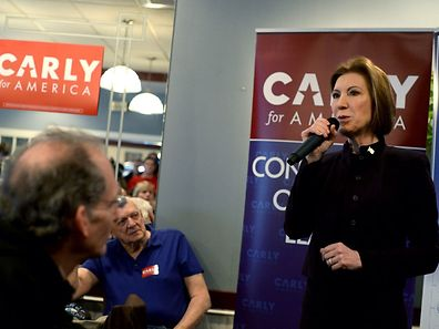 "MANCHESTER, NH - FEBRUARY 8: Republican Presidential candidate Carly Fiorina holds ""Coffee With Carly"" at Blake's Restaurant February 8, 2016 in Manchester, New Hampshire. Candidates are in a last push for votes ahead of the first in the nation primary on February 9.   Darren McCollester/Getty Images/AFP == FOR NEWSPAPERS, INTERNET, TELCOS & TELEVISION USE ONLY =="