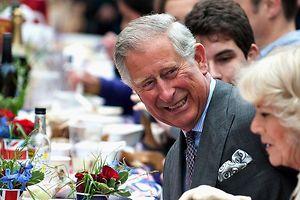 """Prinz Charles und seine Frau Camilla beim """"Big Jubilee Lunch""""."""