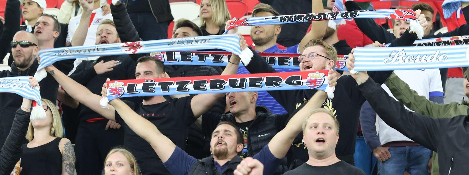 1.700 supporters étaient dans les gradins pour soutenir les Luxembourgeois. Une jauge réduite en raison du covid.