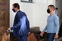 Daniel da Mota, hier während des Prozesses in erster Instanz im September 2020 mit seinem Anwalt Pim Knaff (l.), hat seinen Antrag auf Berufung zurückgezogen.