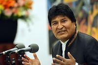 24.10.2019, Bolivien, La Paz: Evo Morales, Präsident von Bolivien, spricht auf einer Pressekonferenz. Morales beschuldigte rechte Politiker und Militärs im Ruhestand, mit internationaler Unterstützung einen Staatsstreich vorzubereiten. Der seit 2006 amtierende Politiker erklärte sich zum Wahlsieger. Sein Herausforderer, der konservative Carlos Mesa, sprach von Wahlbetrug. Foto: Diego Valero/ABI/dpa +++ dpa-Bildfunk +++