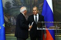 """Russian Foreign Minister Sergei Lavrov and European Union High Representative for Foreign Affairs and Security Policy Josep Borrell hold a joint press conference following their talks in Moscow on February 5, 2021. (Photo by Handout / RUSSIAN FOREIGN MINISTRY / AFP) / RESTRICTED TO EDITORIAL USE - MANDATORY CREDIT """"AFP PHOTO / Russian Foreign Ministry / handout """" - NO MARKETING - NO ADVERTISING CAMPAIGNS - DISTRIBUTED AS A SERVICE TO CLIENTS"""