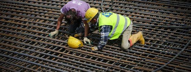 Von der guten Kinjunktur profitieren vor allem die jungen und geringqualifizierten Arbeitssuchenden.