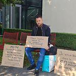Dono de bar que fez greve de fome vê exigências atendidas