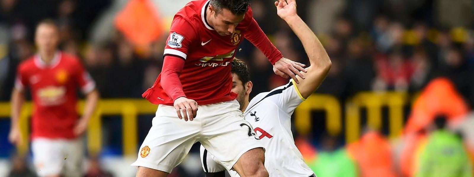 Robin van Persie et United doivent repartir de l'avant. Mais gagner à Stoke n'est jamais une partie de plaisir.