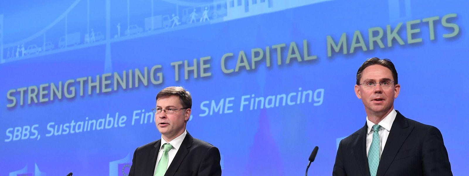 Klare Aussage: die EU-Kommissare Valdis Dombrovskis (l.) und Jyrki Katainen.