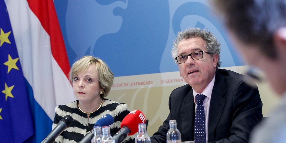 Le ministre Pierre Gramegna aux côtés de Pascale Toussing (ministère des Finances)