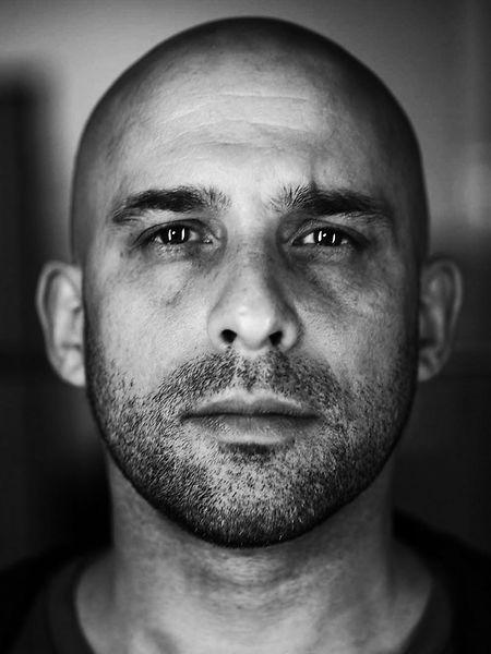 José Lopes Amaral não vive da fotografia, mas é um apaixonado pelo fotojornalismo.