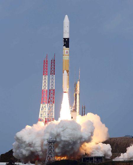 Die Sonde war am 3. Dezember 2014 im Tanegashima Space Center gestartet.