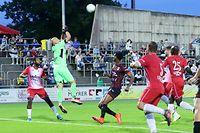 FLF Fussball Meisterschaft BGL Ligue Spielzeit 2020-2021 zwischen Swift Hesperingen und dem FC Differdingen 03 am 22.08.2020 Jonathan JOUBERT (1 Swift) und co