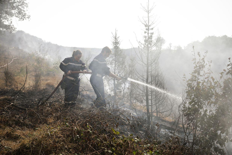 Stundenlang waren die Rettungskräfte im Einsatz.