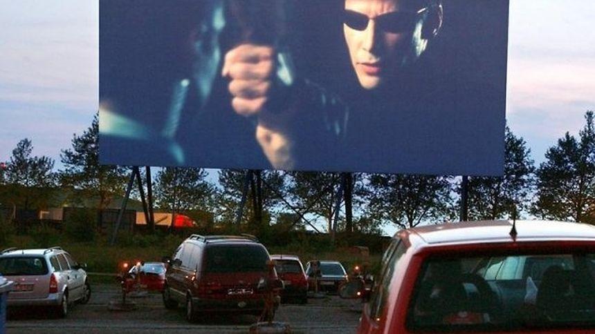 Regarder un film depuis sa voiture? Pourquoi pas!