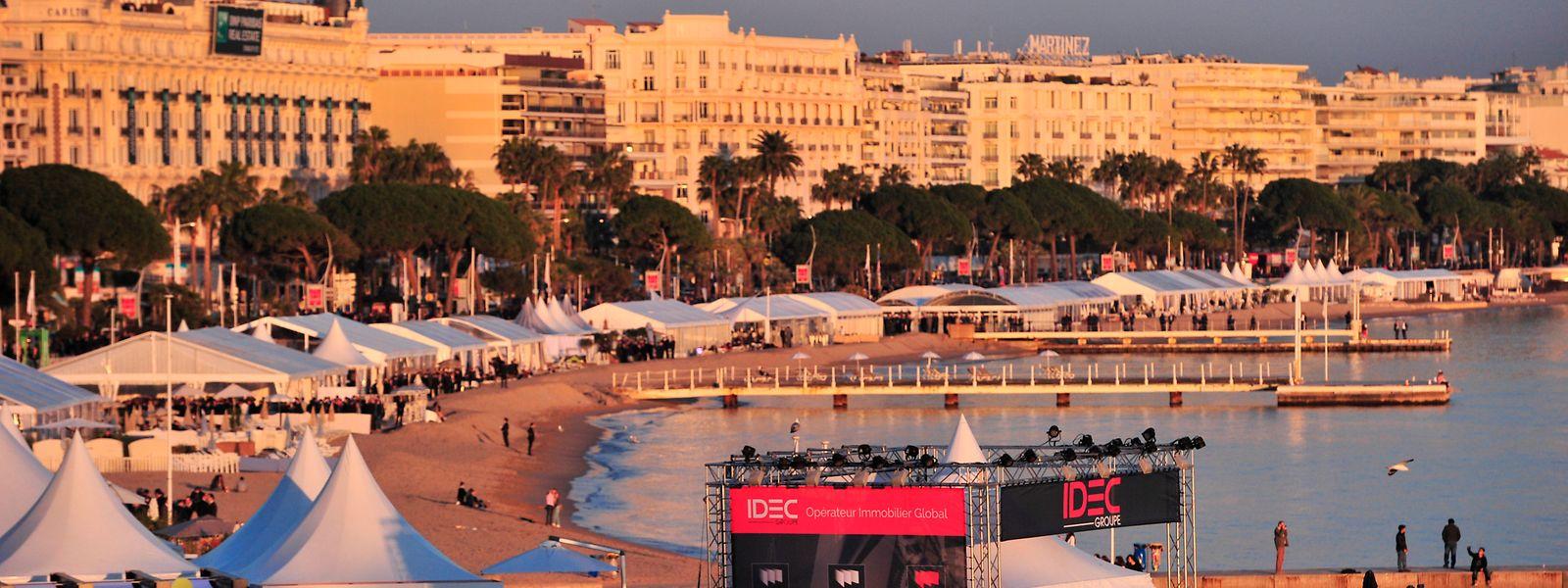 Le marché international des professionnels de l'immobilier (MIPIM) est installé sur la Croisette à Cannes.