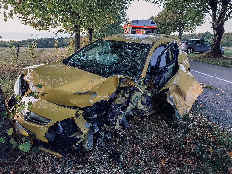 An sämtlichen beteiligten Fahrzeugen entstand hoher Sachschaden.