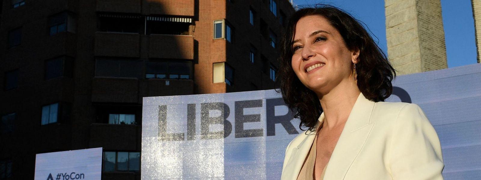Die Madrider Regionalpräsidentin Isabel Díaz Ayuso lässt sich von Drohungen nicht abschrecken.