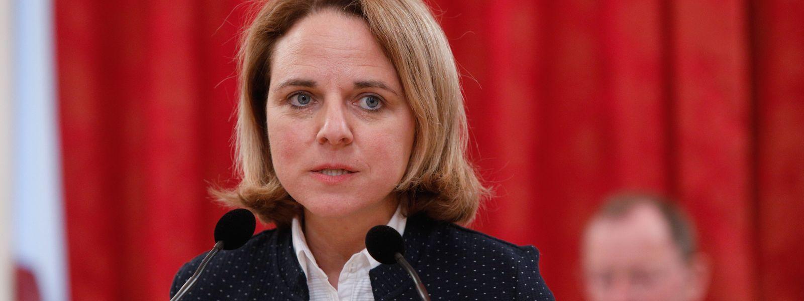 Corinne Cahen a-t-elle pleinement assumé ses responsabilités dans la gestion de crise covid ? Toute l'opposition en doute.