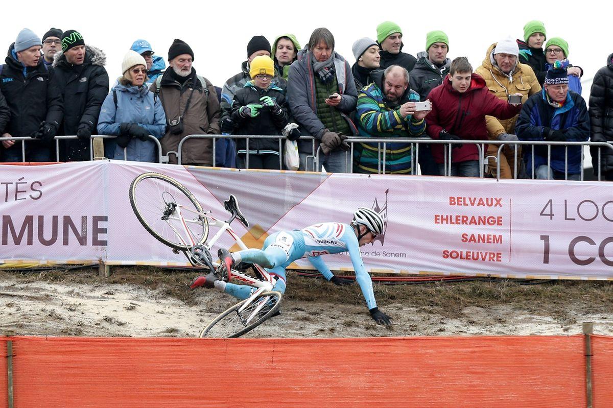 Misch Leyder stürzte im Juniorenrennen gleich mehrfach.