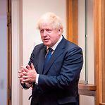 "Boris Johnson. Travessia ilegal de migrantes é ""estúpida, perigosa e criminosa"""