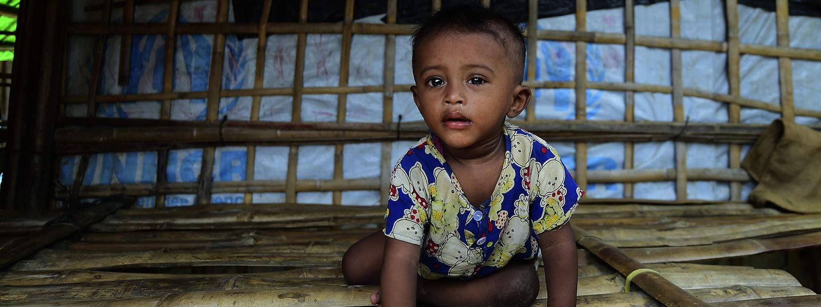 Ein Rohingya-Kind in einem Flüchtlingslager in Bangladesch.