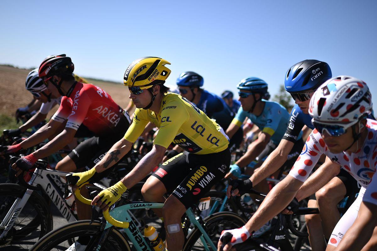 Le maillot jaune Primoz Roglic a connu une journée plutôt tranquille ce mercredi