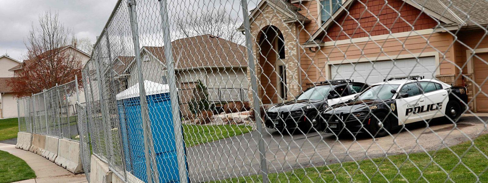 Das Haus der Ex-Beamtin steht unter Polizeischutz.