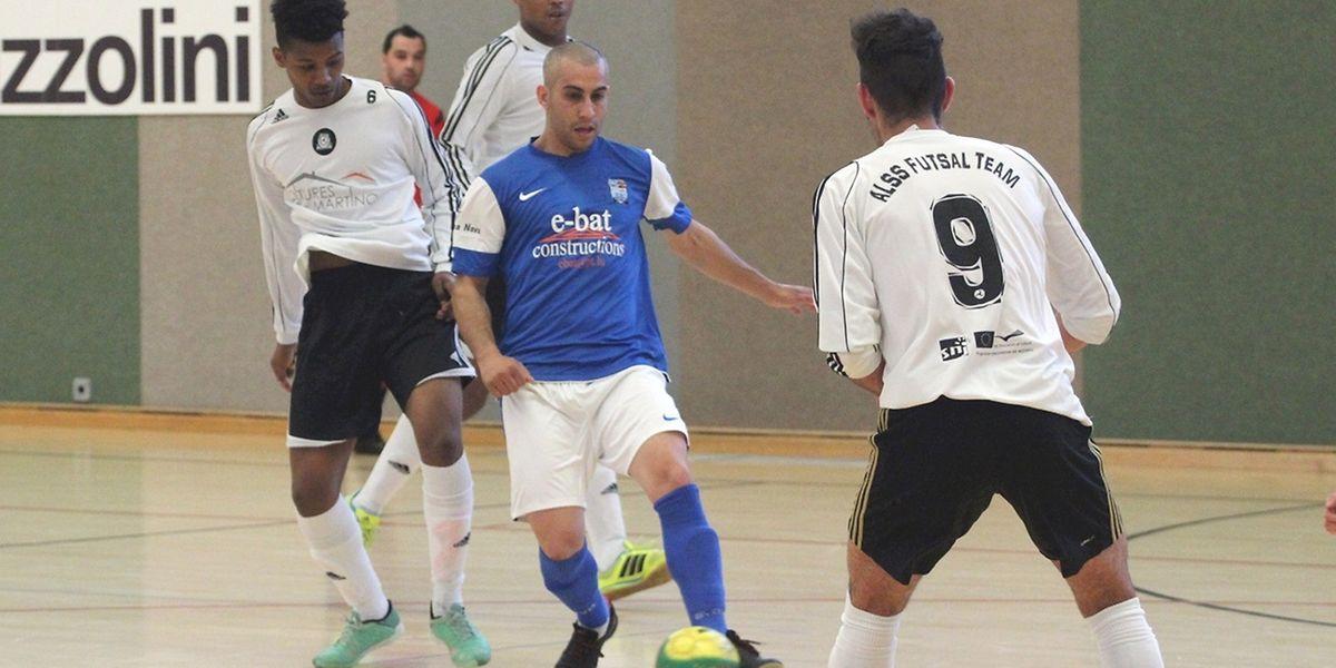 US Esch e ALSS/FC Münsbach empataram a cinco golos