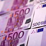 Fim da tributação sobre prémios salariais vai a debate no Parlamento