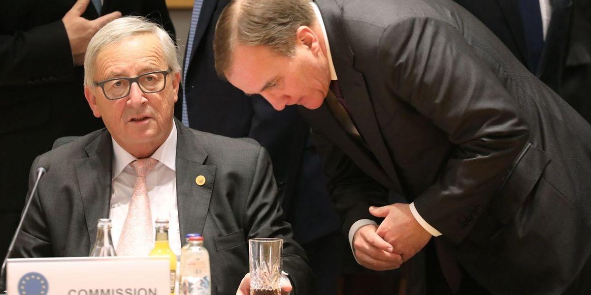 Jean-Claude Juncker ce jeudi au sommet européen à Bruxelles (en compagnie de Stefan Lofven, Premier ministre suédois)