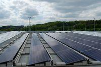 photos de l'installation photovoltaïque et de Claude Turmes / Foto: Gilles KAYSER