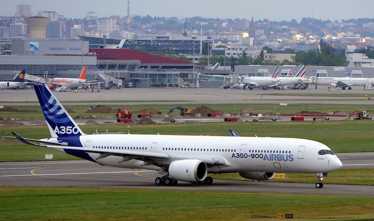 Die Erstauslieferung des A350 wurde bis auf weiteres verschoben.