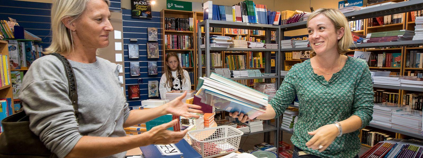 Die kostenlosen Bücher können sich die Schüler online aussuchen. Die Bestellung können sie dann in einem der teilnehmenden Geschäfte abholen – oder abholen lassen.