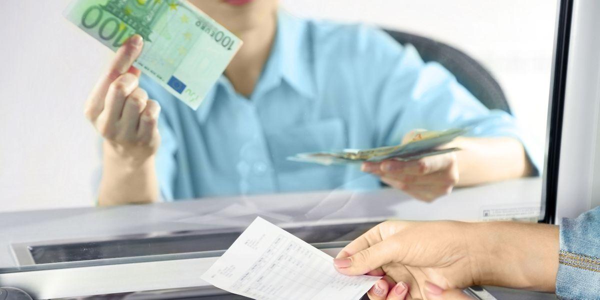 Lediglich ein Drittel der Bankagenturen sollen in zehn Jahren noch in der Form bestehen, wie wir sie heute kennen, so die Einschätzung der Raiffeisen.